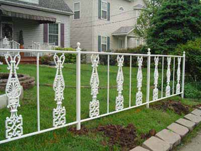 Garden fence with custom castings
